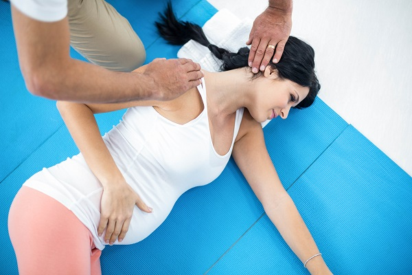 physiotherapy to pregnant woman